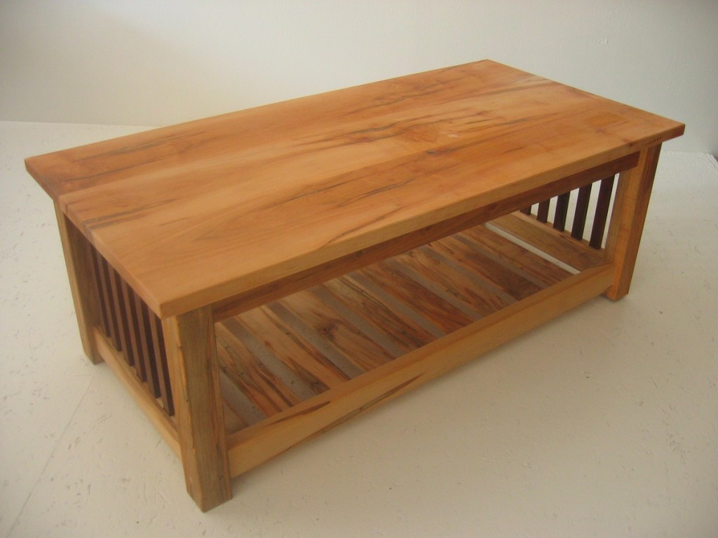 Coffee Table Wormy Maple Magazine Rack Pickets